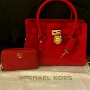 Michael Kors Med Red Hamilton Bag And Wallet.
